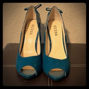 Guess suede and patent leather peep toe pumps